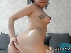 Oiled Teen with Bubble Butt Moans from Ohmibod