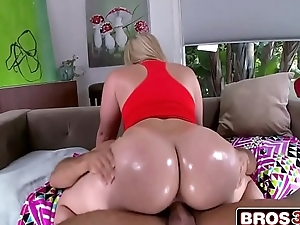 44-Inch Ass Alexis Texas Brings Her Sex Skills Be incumbent on A Great Time