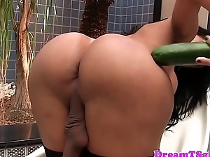 Peerless trannie in stockings masturbating