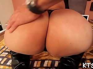 Tranny gets her arse poked hard
