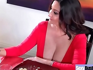 Slut Hot Of age Wife (Ava Addams) Up Big Round Tits Get Nailed vid-07