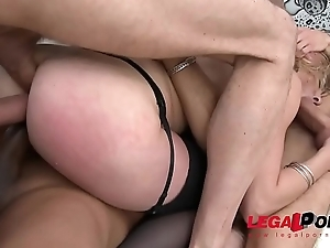 Anal milf slut Jentina Small gets her First triple comprehensively &amp_ double pussy